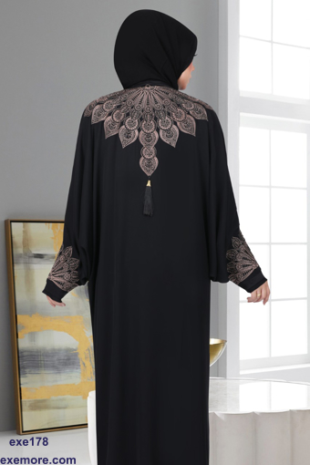 Picture of Black silk Abaya