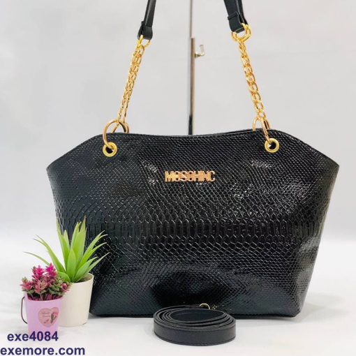 Picture of hand Bag Woman